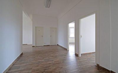 Moderne Büroeinheit in Zwönitz