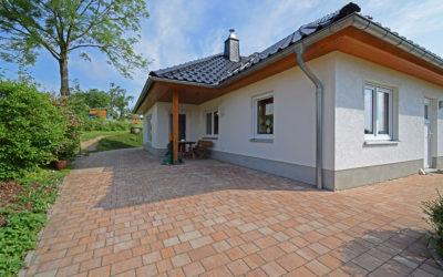 *TOP –  Traumhaus im  Bungalowstil in Zwönitz/ OT Brünlos*