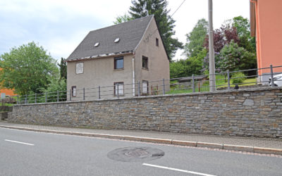 *Haus sucht Handwerker- Einfamilienhaus in Grünhain*
